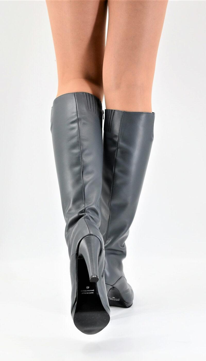 Boots gunmetal grey small