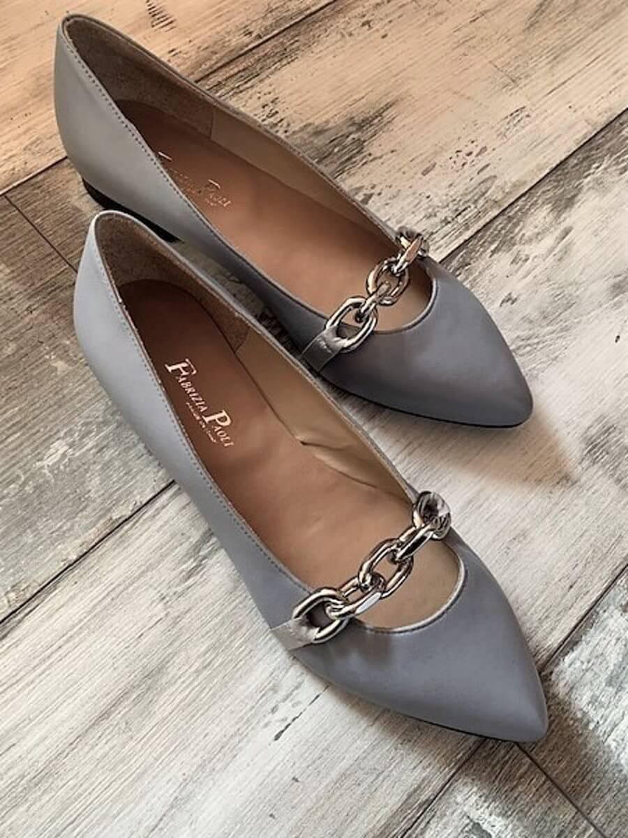 Pin auf Leather girls