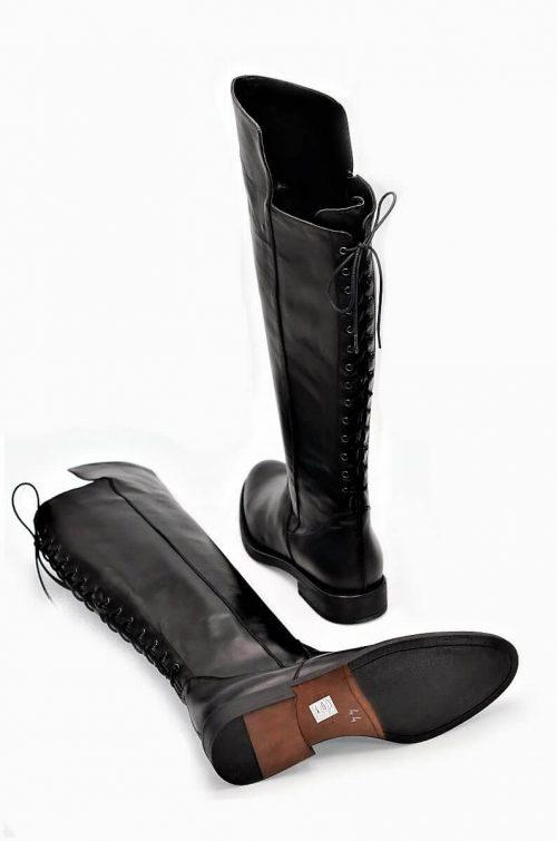 Stiefel 14-Loch in schwarz
