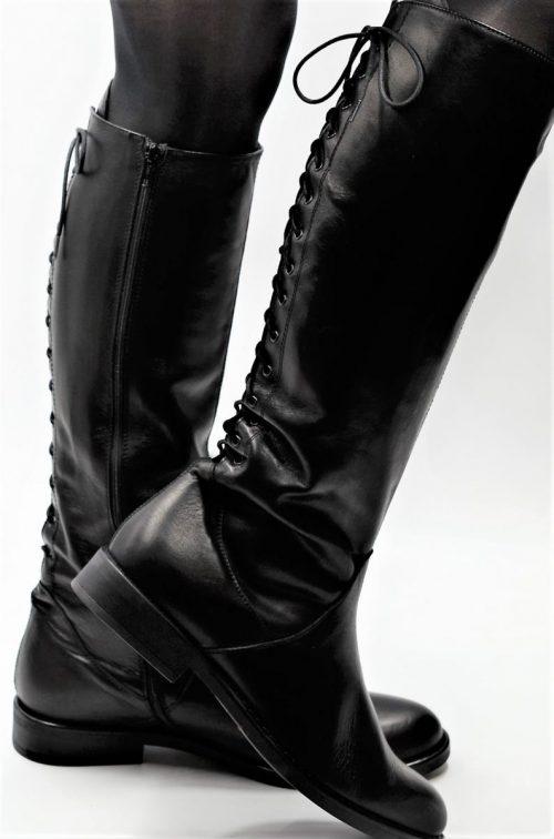 Stiefel 15-Loch in schwarz