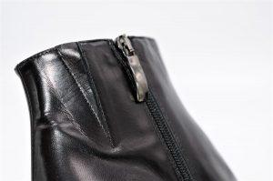 Stiefeletten in schwarz aus Glattleder mit Blockabsatz