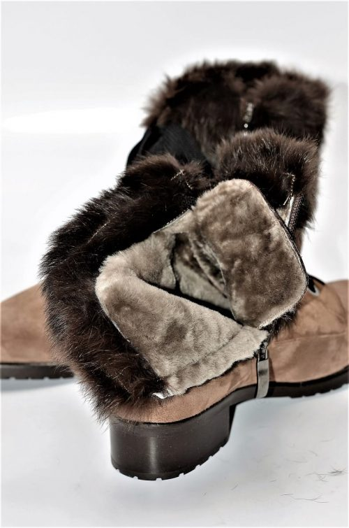 Stiefeletten aus Leder und Pelz in braun