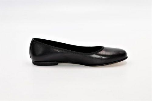 Ballerina schlicht aus Leder in schwarz