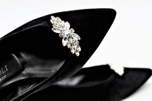 Ballerina aus Samt in schwarz mit Kristallen