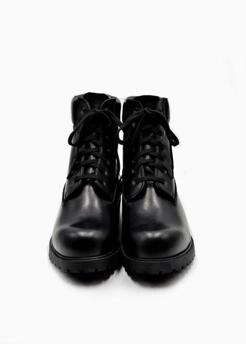 Stiefel schwarz mit Lammfellfutter