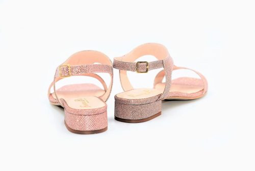 Rosa-Kupfer Sandalen mit wunderbarem Glanz