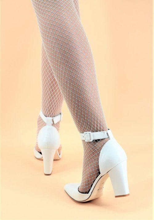Low-Cut-Schuh mit einem sexy Riemen