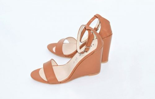 Wedges Sandaletten in camel